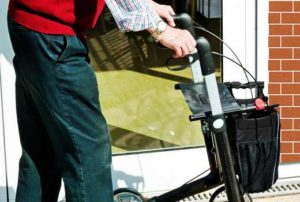 Do you want to become an aged care worker