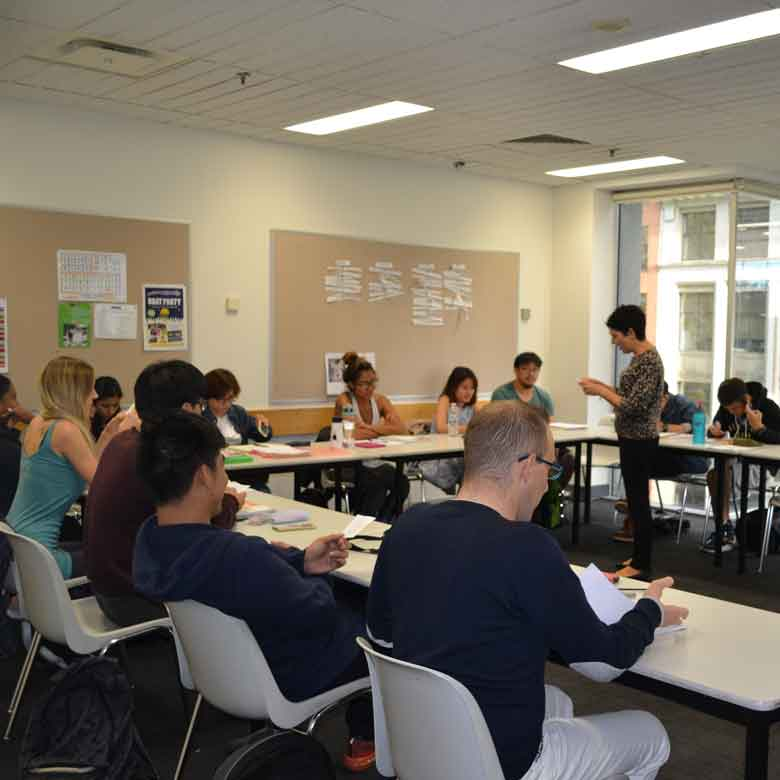 Offer of English Courses in Melbourne and Brisbane Australia